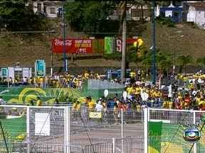 Clima da Fonte Nova e do Pelourinho já está animado para o jogo da Seleção - Repórteres trazem informações diretamente de Salvador.