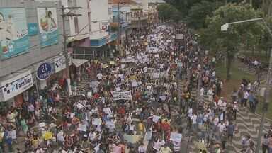 Moradores de Mogi Mirim e Mogi Guaçu realizam manifestações pacíficas neste sábado (20) - Moradores de Mogi Mirim e Mogi Guaçu realizam manifestações pacíficas neste sábado (20).