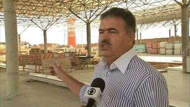 Terminal do Antônio Bezerra deve ter obra de ampliação concluída nesta ano, diz prefeitura - Obra se arrasta há anos.