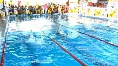 Nadadores de Sinop participaram do Campeonato de Inverno de Natação - Nas piscinas, atletas participaram do Campeonato de Inverno de Natação em Sinop.