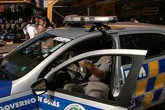 SSP anuncia nova estratégia para combater crimes em Goiânia - O número de assassinatos este ano em Goiânia foi menor do que o índice registrado no ano passado, segundo dados da Secretaria de Segurança Pública. No entanto, os roubos no comércio do Centro da cidade assustam a população.