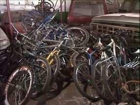 Com boletim de ocorrência é possível recuperar bicicletas roubadas - Depósito da delegacia de Paranavaí está cheio de bicicletas recuperadas pelos policiais.
