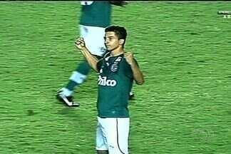Renan Oliveira marca dois e Goiás vence a Lusa: 2 a 1 - Meia completou 50 jogos pelo Alviverde e foi o destaque da partida