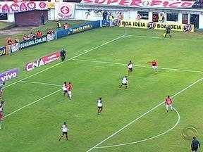 Internacional venceu o Flamengo por 1 a 0 no Campeonato Brasileiro - Jogo foi despedida do Colorado no Estádio Centenário.