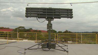 Jornal da EPTV mostra equipamento desenvolvido em Campinas para a segurança do Papa - Jornal da EPTV mostra equipamento do exército desenvolvido por uma empresa de Campinas para dar segurança ao Papa e reastrear o espaço aéreo.