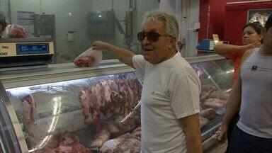 Com alta dos alimentos, cearense pesquisa mais para pagar menos - Produtos da cesta básica tiveram alta em Fortaleza.
