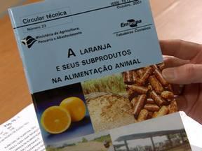 Publicação da Embrapa explica uso da laranja na alimentação animal - O telespectador Alair Dias, de Duartina (SP) quer saber as vantagens e desvantagens do uso do alimento.