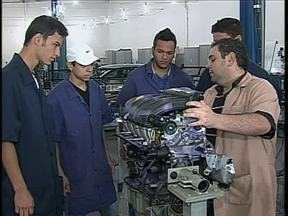 Sobram vagas de trabalho para mecânicos em Maringá - Para conseguir o emprego tem que se especializar