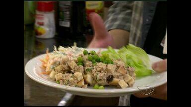Economista garante que almoçar em casa sai mais barato em Vitória, ES - Aqui no estado, uma refeição custa em média 30 reais. De janeiro até agora, a inflação atingiu 3,15%, e a expectativa do mercado é que até dezembro, chegue a 5,93%.