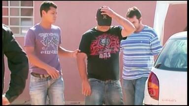 Homem é preso suspeito de incendiar boate em Passos - Três adolescentes foram apreendidos suspeitos de participar do crime.