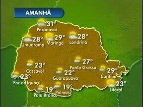 Frente Fria muda o tempo no Paraná nesse fim de semana - Nessa sexta-feira o sol até aparece, mas ao longo do dia podem ocorrer pancadas de chuva e aí as temperaturas já entram em declínio. Na fronteira a máxima será de 23 graus e no sudoeste faz 19.