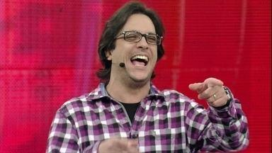 Lucio Mauro Filho agita o Saco de Risadas - parte 01 - Ator conta histórias inusitadas no palco do Domingão