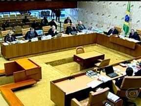 STF volta a tratar do mensalão nesta quarta-feira (14) - Os ministros começam a analisar os chamados embargos de declaração. Os 25 condenados recorreram. Há também os chamados embargos infringentes, que podem gerar um novo julgamento.