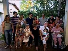 Conheça a casa em que filhos, filhas, netos, netas e até os ex são bem-vindos - Em Cuiabá (MT), Cristina e Pedro são donos de uma casa grande que comporta todo mundo e mais um pouco. Lá, por causa da família enorme, sempre tem algo acontecendo.