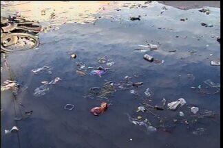 Em Juazeiro do Norte, população reclama da falta de infraestrutura nos bairros - Secretário promete fazer limpeza nas áreas.