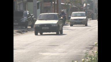 Moradores do bairro Novo Aleixo, em Manaus, reclamam de falta de sinalização em rua - Rua Barão de Rio Branco é uma das principais vias do bairro.