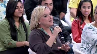 Dona Ilna diz que nunca teve tempo para se exercitar - Mãe de Claudia acredita que tudo na vida se resume a amor