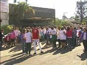 Alunos de escolas especiais participam de caminhada em Foz do Iguaçu - A ação faz parte das comemorações da Semana Nacional da Pessoa com Deficiência, que começa hoje e segue até o dia 28 de agosto. Uma semana de conscientização.