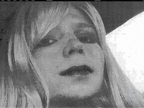 Bradley Manning quer ser tratado como mulher - Bradley Manning, soldado que foi condenado por vazar documentos secretos do governo dos Estados Unidos, pediu a justiça que seja tratado como mulher.