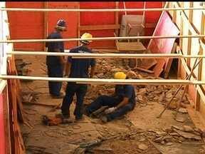 Vazamento de gás assusta moradores do Plano Piloto - Operários que trabalhavam na reforma do piso inferior da rodoviária, perfuraram o cano acidentalmente. Os bombeiros foram chamados e o registro desligado.