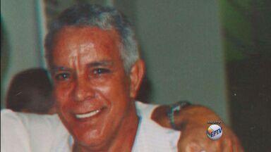 Família enterra idoso que estava desaparecido desde abril em São João da Boa Vista, SP - Família enterra idoso que estava desaparecido desde abril em São João da Boa Vista, SP.