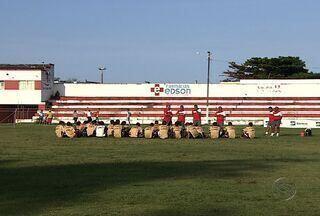 Técnico e jogadores do Sergipe acreditam na vitória em cima do Tiradentes - Assista ao vídeo e confira como anda o clima entre os jogadores e o técnico na volta aos treinos.