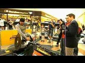 Atleta paralímpico gaúcho entra para o livro dos recordes - Carlão bateu recorde mundial na categoria indoor.