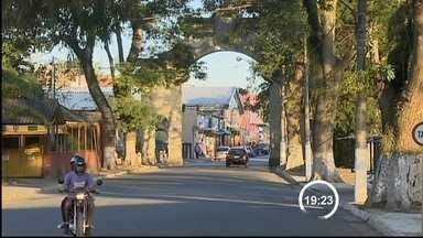 Oito cidades da região estão 'encolhendo', mostra levantamento do IBGE - E proporcionalmente Piquete foi a que mais viu moradores partirem.