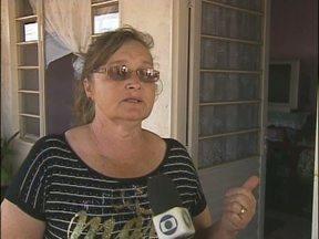 Moadores não sabem o nome da rua nem o número da casa - É um dos destaques de hoje no Paraná TV.