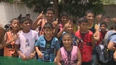 Projeto Atletas de Cristo realiza torneio de futebol em Manaus - Projeto Atletas de Cristo realiza um torneio de futebol para garotos, em Manaus.