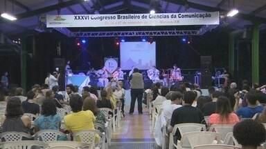 Universidade Federal do Amazonas recebe prêmio no Intercom - Na noite desta quinta-feira (5), foi entregue o prêmio Luiz Beltrão de Ciências da Comunicação