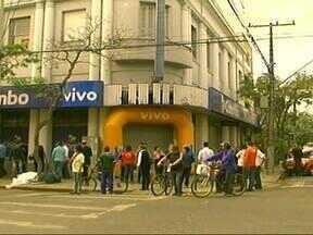 Segundo a Brigada Militar, 20 lojas já foram assaltadas em Uruguaiana, RS, em 2013 - Só na última semana, dois estabelecimentos foram roubadas no Centro da cidade.