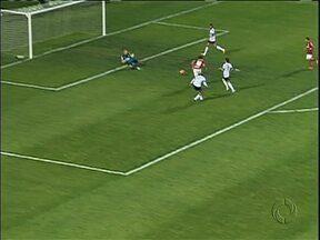 Coritiba perde e da adeus à Copa do Brasil Sub-20 - Derrota por três gols para o Internacional elimina Coxa sem necessidade do jogo de volta
