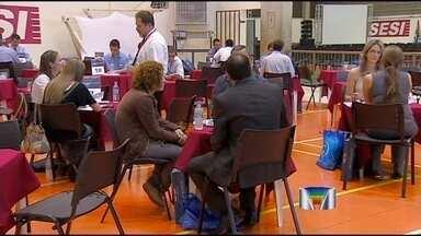 Fórum em Jacareí (SP) reúne empresários em busca de negócios - Cerca de 70 fornecedores e 21 grandes empresas participam do evento.