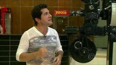 Daniel fala da sensação de ouvir sua música na rádio - Cantor passeia pelo prédio da rádio onde se apresentava em Brotas