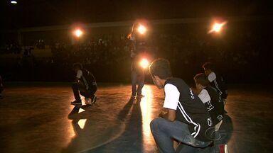 Público prestigia apresentações da primeira etapa da Mostra Alagoana de Dança - Grupos deram um show de talento e criatividade.