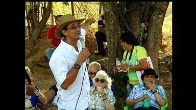 Pesquisadores vêm ao Ceará conhecer mais sobre o cangaço - Grupo visita áreas por onde o Bando de Lampião passou no Ceará