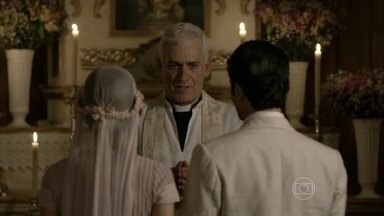 Joia Rara - capítulo de terça-feira, dia 24/09/2013, na íntegra - Franz e Amélia se casam