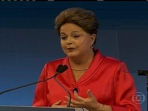 Dilma Rousseff tenta recuperar a tendência de queda dos investidores estrangeiros - Em Nova York, a presidente Dilma Rousseff fez discurso em evento do banco Goldman Sachs, em Nova York. O objetivo do governo brasileiro é reverter a tendência de queda no investimento externo na nossa economia.