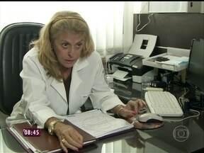 Capa protetora e nada de vassoura: especialista dá dicas para alérgicos - Em seis meses, 30% do peso do seu travesseiro é de acúmulo de ácaros, alerta Flávia Salles, presidente da Associação Brasileira de Alergia