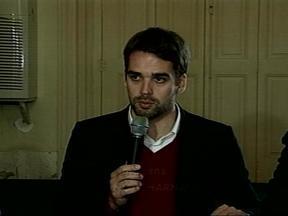 Prefeito de Pelotas, RS, se defende de acusações da CPI da Saúde - Político se reuniu com a imprensa nesta quinta-feira (26).
