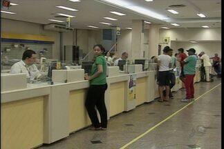 Correios encerram a greve da categoria - Funcionários vão trabalhar duas horas a mais para acelerar as entregas.