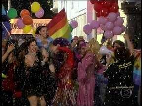 Relembre A Diarista com Claudia Rodrigues em passeata do orgulho gay - Episódio foi exibido em 2004