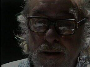Vinicius de Moraes ganha site especial pelos seus cem anos - Vinícius, que morreu há 33 anos, sem conhecer a globalização provocada pela internet, tem vida e arte reunidas em um site. Há um destaque para a história da peça e do filme 'Orfeu Negro'.