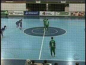 Assoeva vence ALAF pela Série Ouro de futsal - ALAF é a lanterna do campeonato.