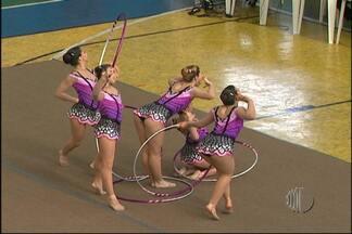 Equipe feminina de tênis garante medalha de ouro dos Jogos Abertos - A equipe feminina de tênis entrou na quadra e venceu do São José dos Campos. E com os resultados, Mogi das Cruzes, conquistou o 21º ouro nos Jogos Abertos. As competições do judô começaram neste sábado (19).