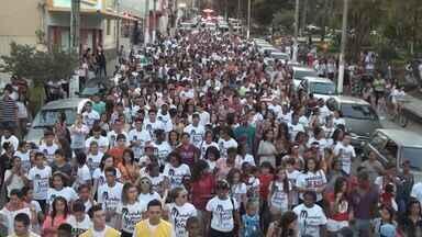 Marcha para Jesus reúne milhares em Varginha (MG) - Marcha para Jesus reúne milhares em Varginha (MG)