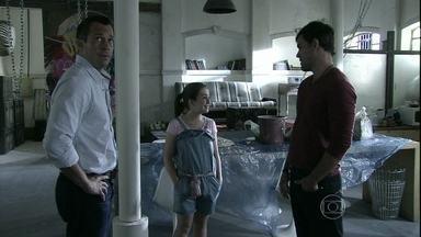 Amor à Vida - capítulo de segunda-feira, dia 21/10/2013, na íntegra - Bruno leva Paulinha para se encontrar com Ninho