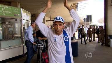 Ainda com gordura para queimar, Cruzeiro desembarca em Belo Horizonte - Time celeste enfrenta o Criciúma neste domingo
