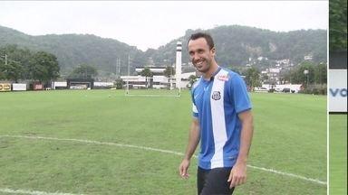 Thiago Ribeiro espera melhorar a pontaria no Santos - Atacante e o jogador que mais acertou bolas na trave do Campeonato Brasileiro